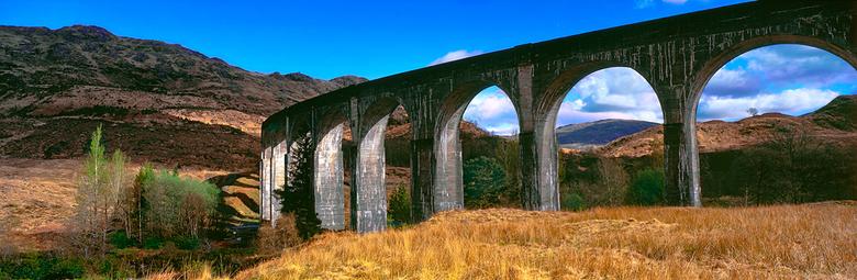 Glenfinnan Schotland Panorama - Eentje van alweer een hele tijd geleden.<br /> <br /> Scan van film