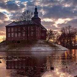 Zonsondergang bij Kasteel Limbricht...