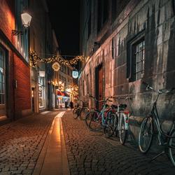 Straat in Maastricht in de avond