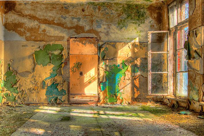 Het Blauwe Ziekenhuis 005 - Het Blauwe Ziekenhuis in de voormalige DDR<br /> <br />