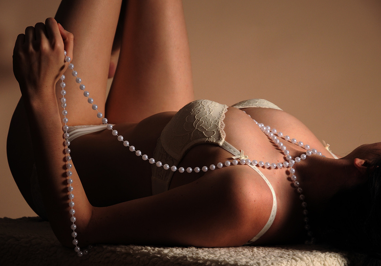 Woman with pearls