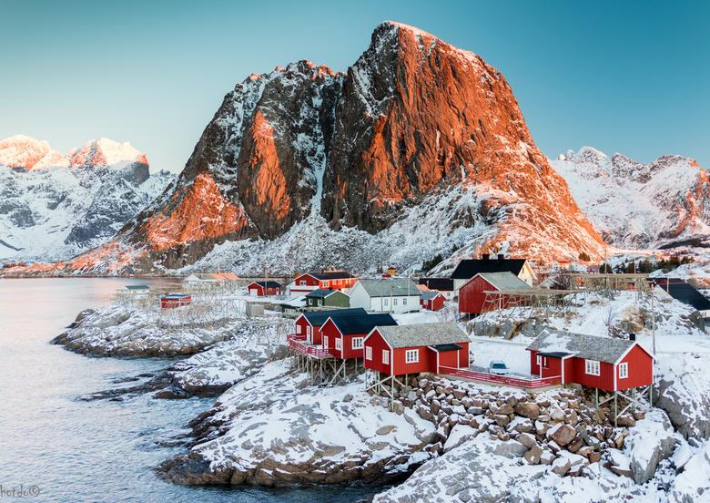 Hamnoy Lofoten - Vorige week op vakantie. Hamnoy Lofoten is een van de meest gefotografeerde plekken in Noorwegen. Vroeg op om de zonsopkomst in mee t