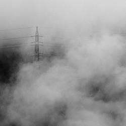 Hoogspanning in de wolken