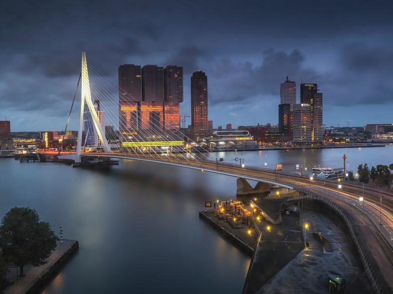 Rotterdam - Even een keer iets anders, deze gemaakt tijdens het testen van de Fujifilm GFX100, deze opname is dus 102MP en heeft mega veel detail. Ook