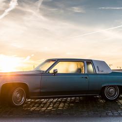 Cadillac in de haven
