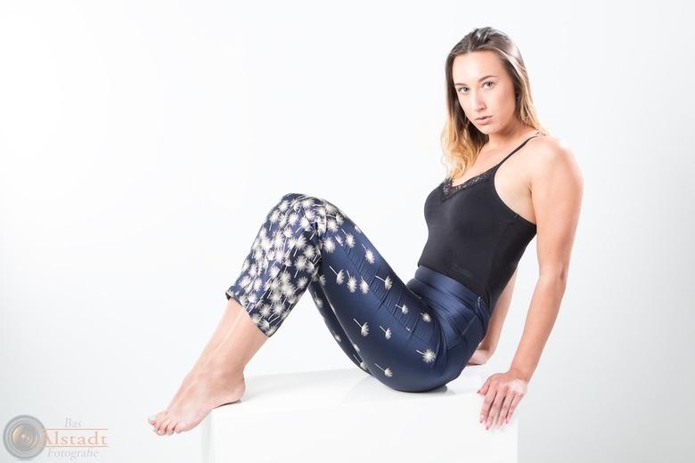 Polina II - Model Polina tijdens een fotoshoot eerder dit jaar