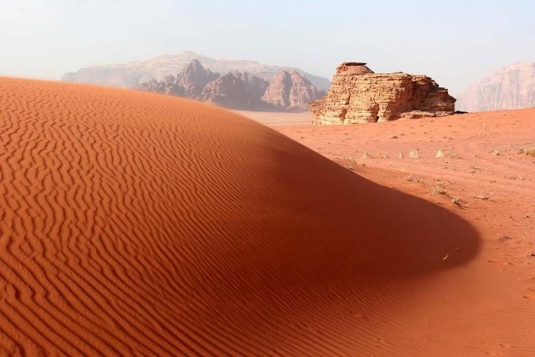 woestijn - deze foto is genomen in de woestijn in Jordanie tijdens een 3 daagse tocht die we hebben gemaakt