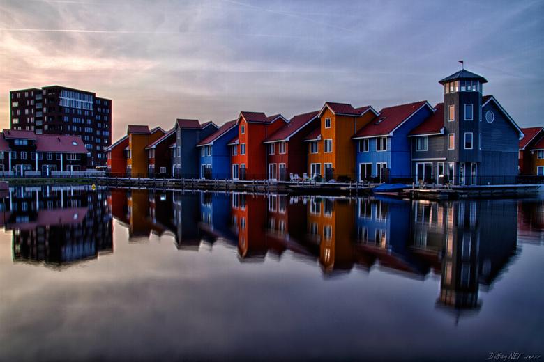 """Reitdiephaven - Gisteren met maatje Bert Meijer naar Stadsjachthaven """"Reitdiep"""" Groningen geweest (http://www.reitdiephaven.nl/). De huizen direct gel"""