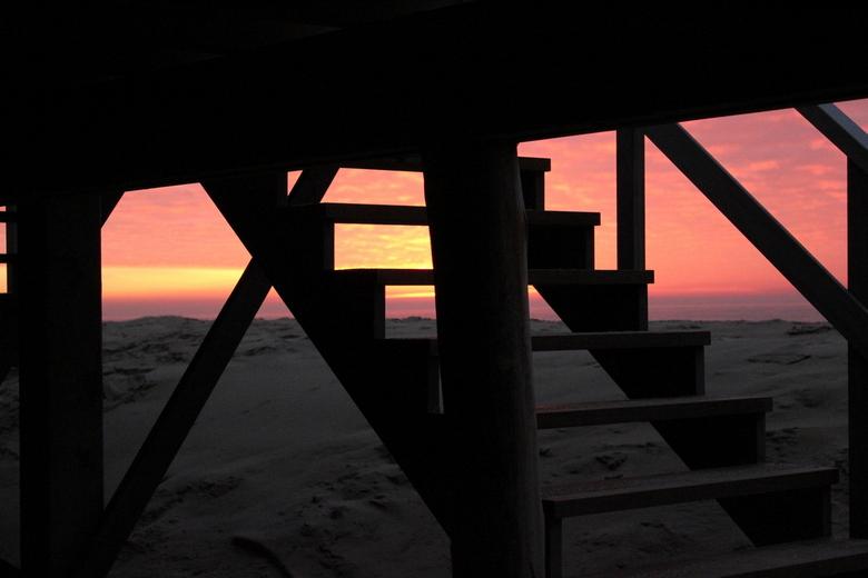 De trap naar... - De trap naar... op ht strand van Texel