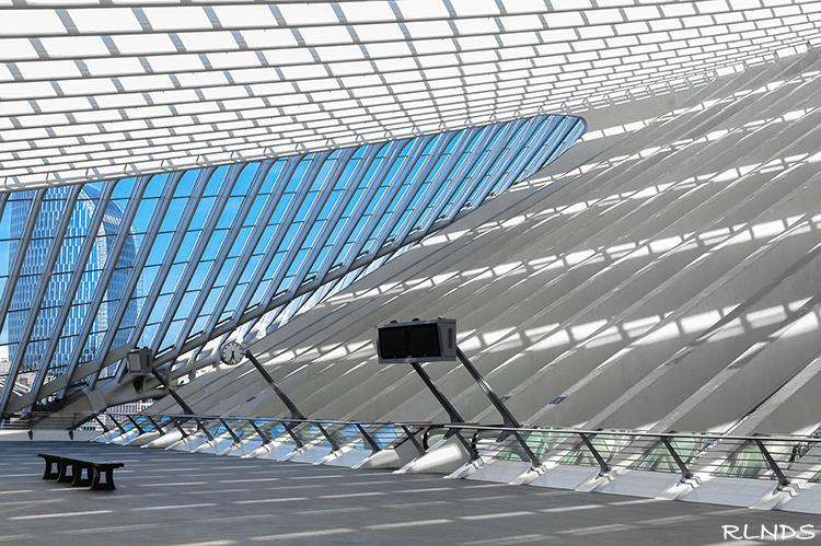 Vertrektijden - Station Liege-Guillemins<br /> Vertrekhal boven