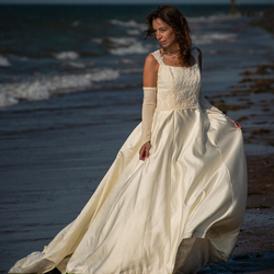 Bride at sea...