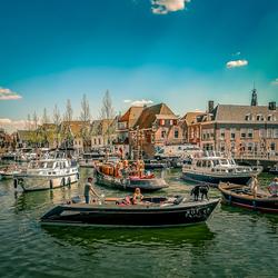 Bootjes voor de Zwaantjesbrug in Weesp