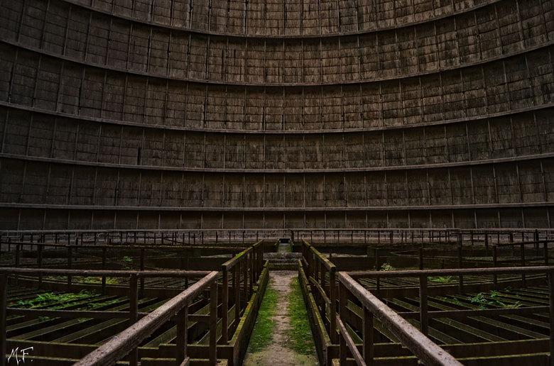 Coolingtower - Hier een foto van de binnen kant van een koeltoren kijk voor meer foto&#039;s op.<br /> http://mfpicture.nl/page2.html