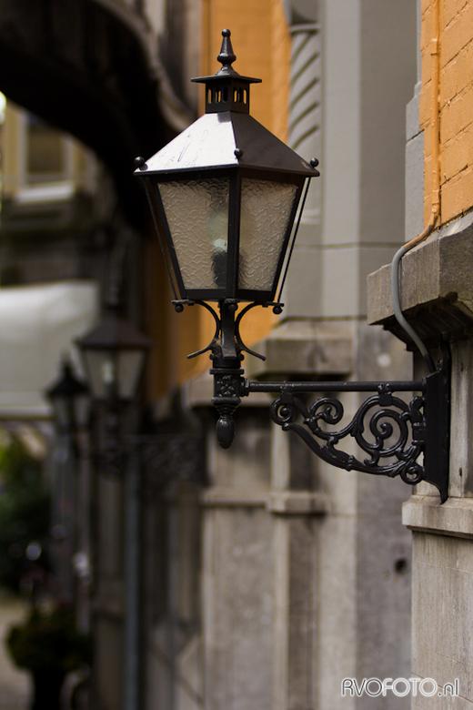 26-09-'12 - Lampjes in de Pieter Cornelisz Hooftstraat - Samen met mijn vriendin even een dagje naar de P.C. Hooftstraat. Uiteraard de camera mee voor