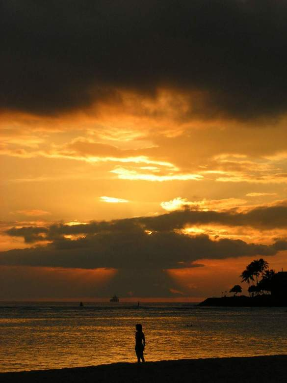 Waikiki Sunset - Zonsondergang op Waikiki Beach
