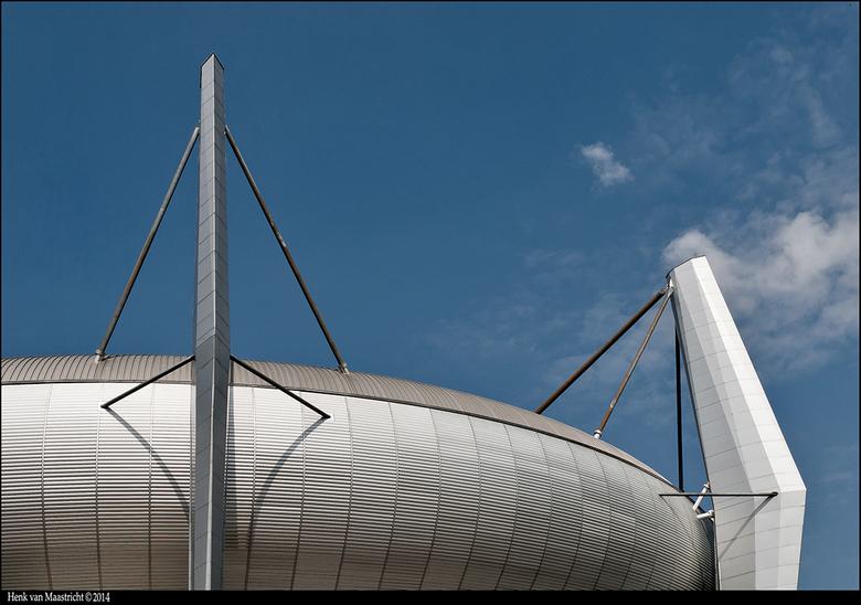Eindhoven-07 - Eenvoudige foto,maar onmiskenbaar het PSV stadion.