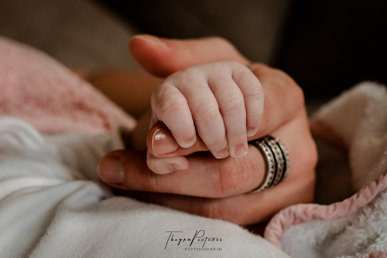Never let you go... - Holding you, is like holding my whole world!