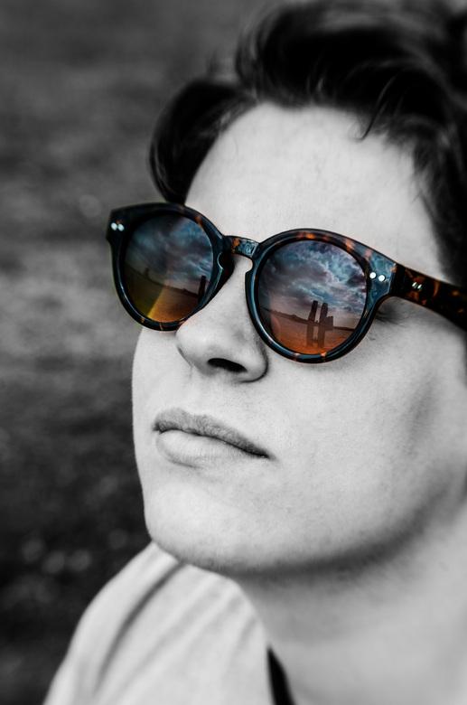 A Beautiful Sunny Day  - Gemaakt met mijn nieuwe Lens, de lensbaby composer een geweldige lens om dit soort shots mee te creëren.
