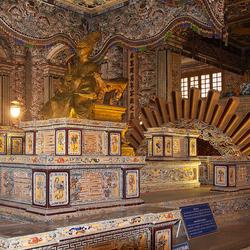 in Mausoleum 1603097447bRMfw