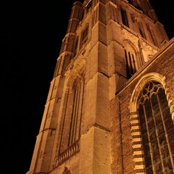 Sint Catharijnekerk bij nacht
