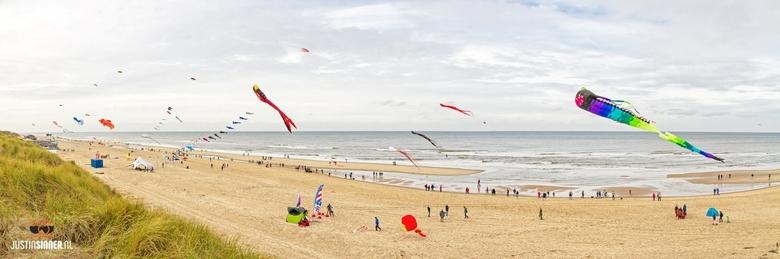 Windfestival op het strand van Texel. - http://Justinsinner.nl/<br /> <br /> Fotograaf op Texel / Photographer on Texel.<br /> <br /> Twitter: Htt