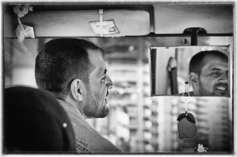 beirut bus driver - buschauffeur in Beirut, Libanon