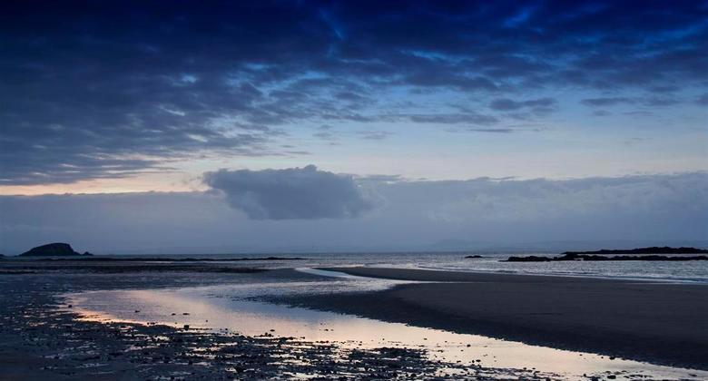 North Berwick Beach Cropped - Hallo,<br /> Zoals gezegd zou ik de foto nog helemaal rechtzetten en ik heb hem na advies gelijk gecropt zodat de horiz