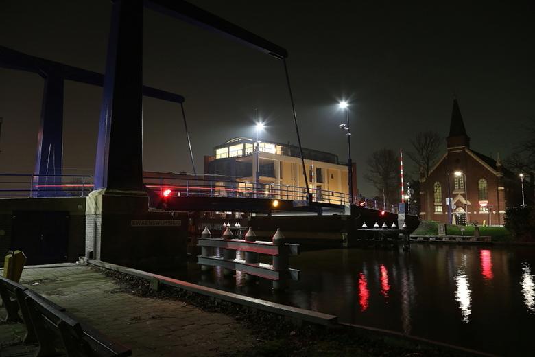 De brug - Vanavond me eerst foto gemaakt met de 6D gemaakt.
