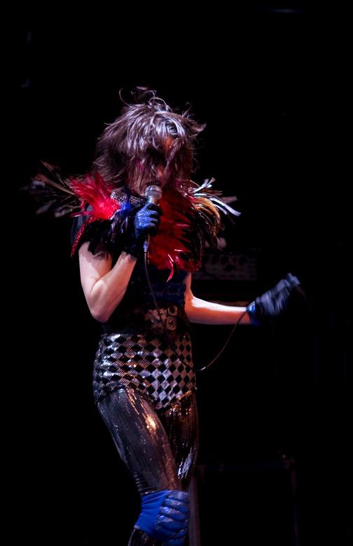 Juliette Lewis - In Paradiso. Qua uitdossing heeft ze iets weg van Marilyn Manson. Leuk om te fotograferen dus.