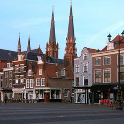 Einde van een zonnige dag in Delft