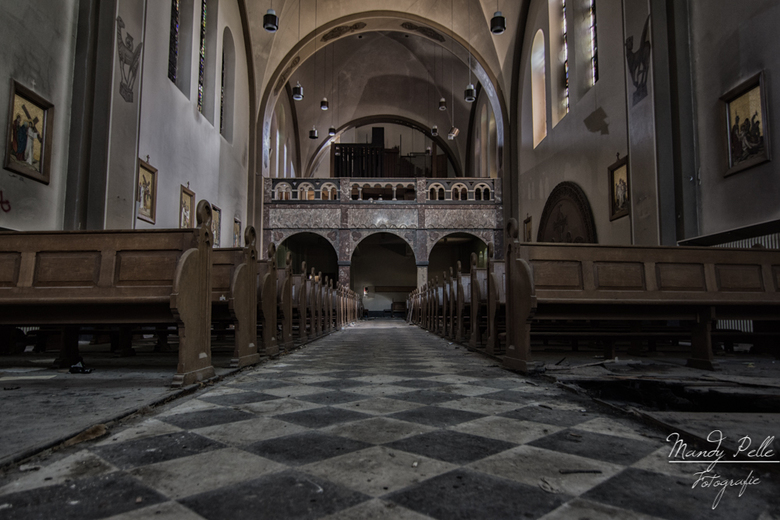 Verlaten kerk -