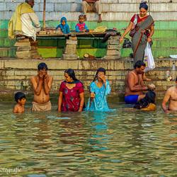 Ochtendbad in de Ganges
