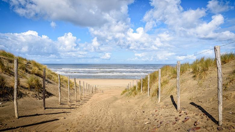 """the Beach - Het strand bij Zandvoort op een frisse Lente dag.<br /> <br /> <a href=""""http://willemkoopsphotography.com""""> the world in pictures </a>"""