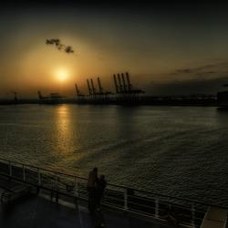 uitkijken over de haven
