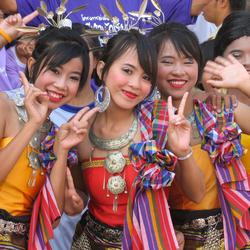 Cheerleaders Thai Style