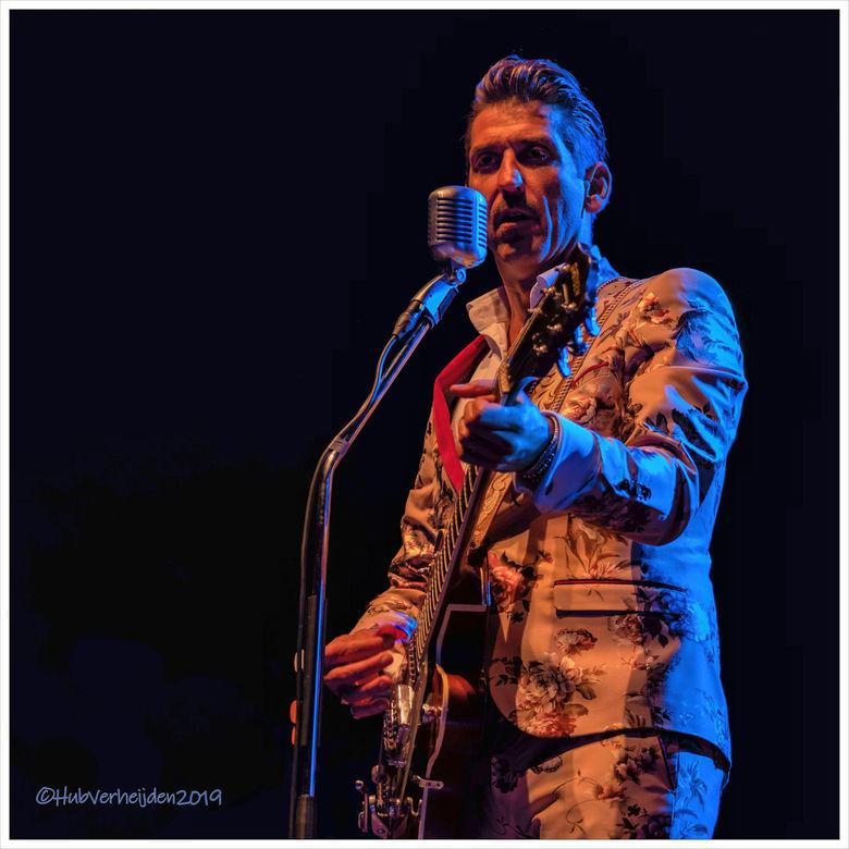 Danny Vera - Een foto van Danny Vera, vorig jaar mei genomen tijdens Blues Maastricht. We zullen het voorlopig helaas moeten doen met herinneringen en