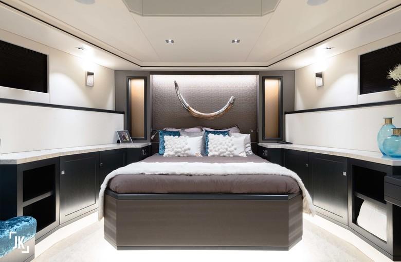 Deze slaapkamer!  - Even binnenkijken in een miljoenenjacht. Deze slaapkamer is een droom!