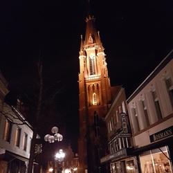 De Basiliek van Kevelaer in de avond