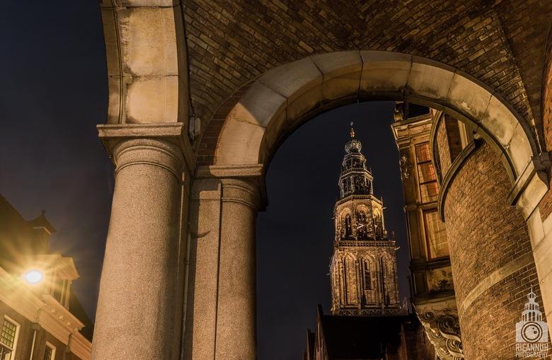 Martinitoren bij nacht  - Een van de mooiste fotografie plekjes van de stad Groningen als je het mij vraagt!