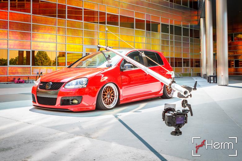 Behind The Scenes | Rigshot VW Golf mk5 GTI - Een Behind The Scenes shot van de Rigshot-fotoshoot van deze geweldige VW Golf mk5 GTI in een hele gave