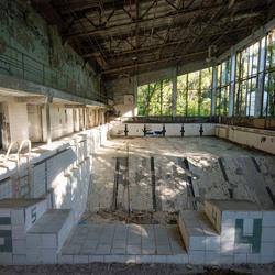 Prypiat (verdrijvingszone Tsjernobyl - Oekraïne) - Lazurny Zwembad