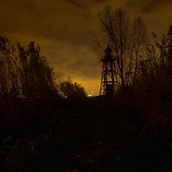 Vuurtoren in de nacht