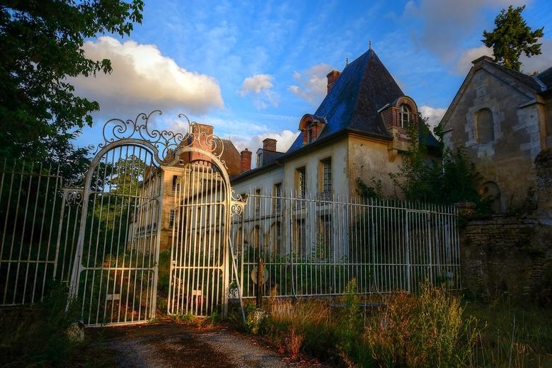 Abandoned chateau -