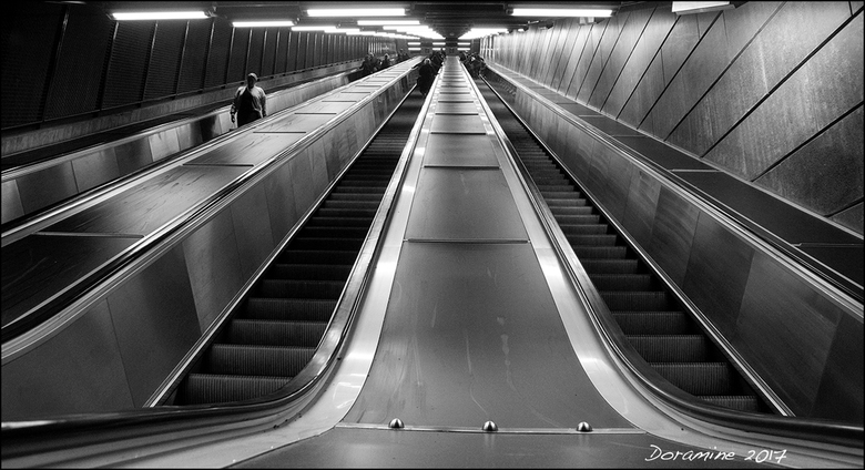 Going Up and Down - Gemaakt in Stockholm.