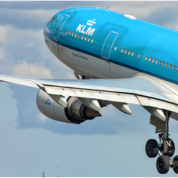 KLM departing