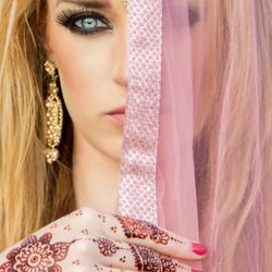 Henna & Make-up