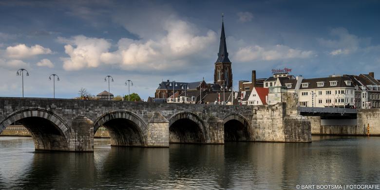 Maastricht Sint Servaasbrug - Foto gemaakt naar Sint Servaasbrug in Maastricht