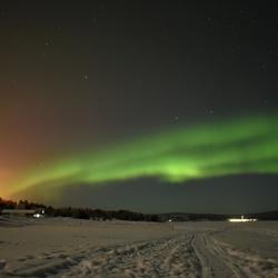 Aurora borealis boven Lake Inari