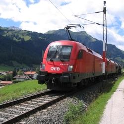 Trein Oostenrijkse Bahnhoff
