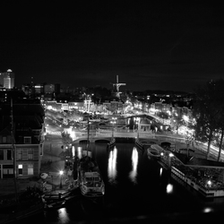 Leiden at night